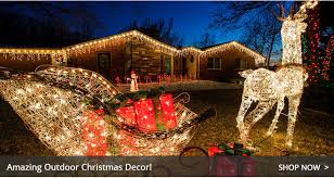 The Great Debate: Christmas Decorating