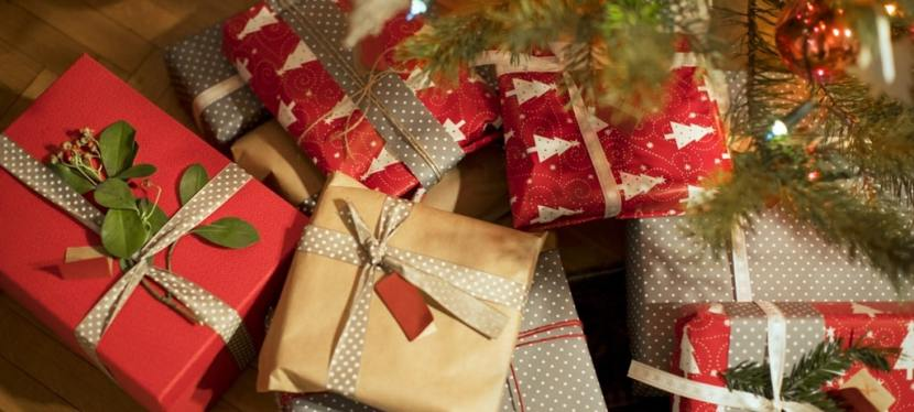 Christmas Gifts andDeals